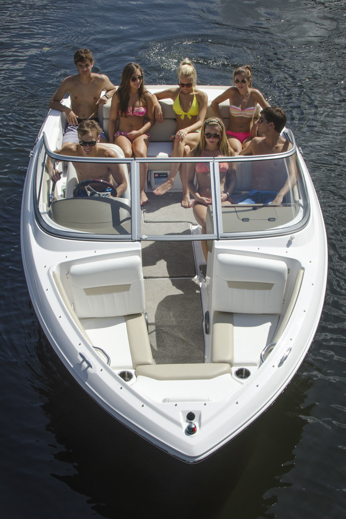 Nationwide Boat Shipping can ship your bowrider boat!