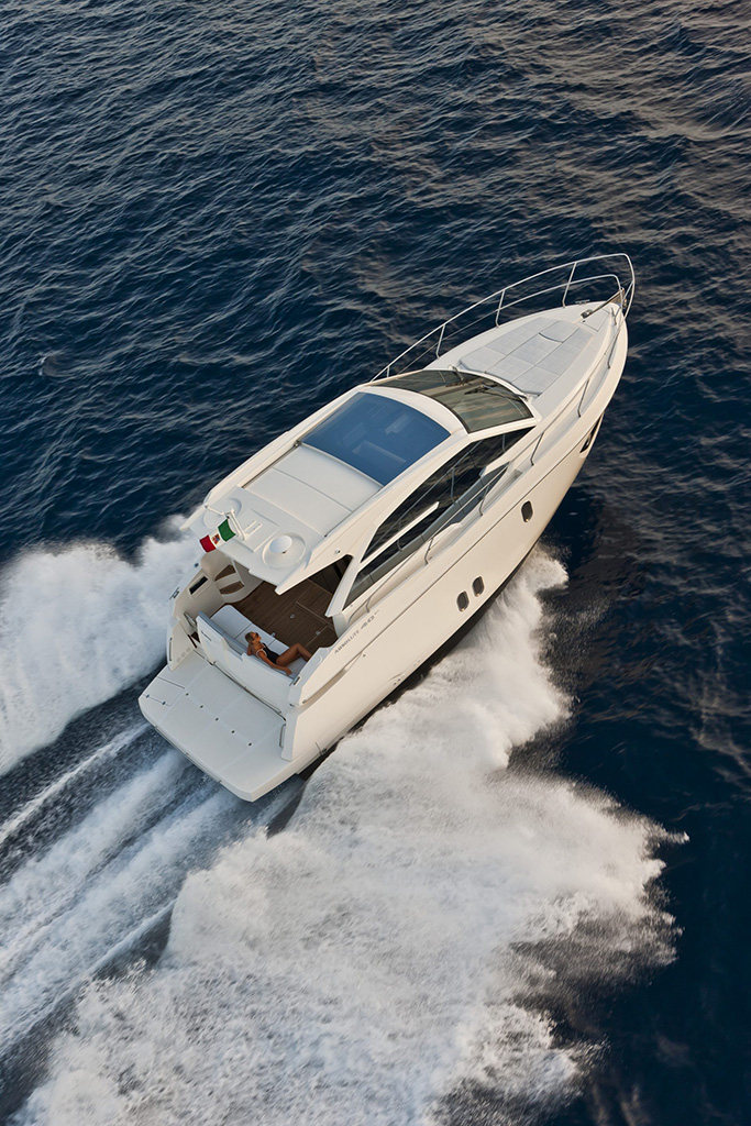 Nationwide Boat Shipping can ship your motor yacht / cruiser!