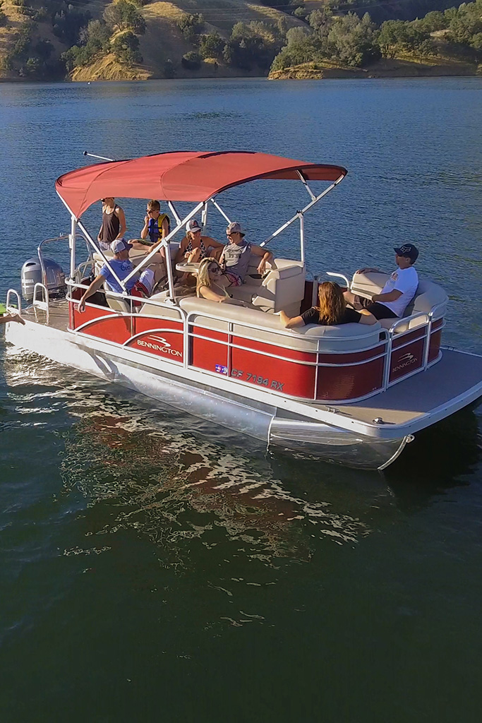 Nationwide Boat Shipping can ship your pontoon boat!